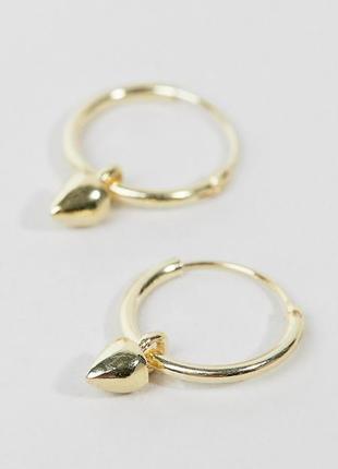 Маленькие серьги-кольца с подвеской