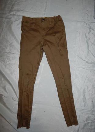 Джинсы модные рваные на девочку 11-12 лет 152см укороченные