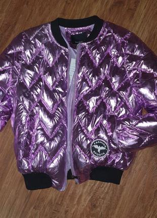 Куртка короткая блестящая металлическая спортивная