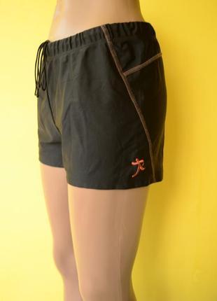Radys женские спортивные шорты