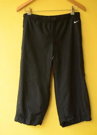 Nike® женские спортивные бриджи
