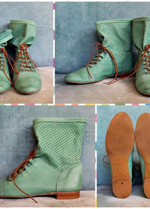 Стильные зеленые ботинки размер 40