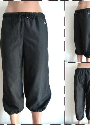 Nike ®  женские спортивные бриджи  размер s