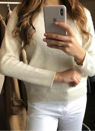 Шерстяний молочний джемпер пуловер uniqlo шерсть кашемир