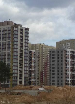 Майнові права на 42 квартири 2670,1 кв.м ЖК Варшавський 2,  Київ