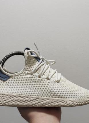 Фирменные кроссовки adidas x pharrell williams