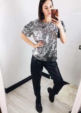 Женская футболка пайетки