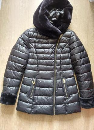 Теплая женская куртка пуховик с меховым капюшоном ailigess