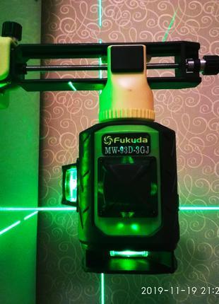 Лазерный уровень  Fukuda 3D*360