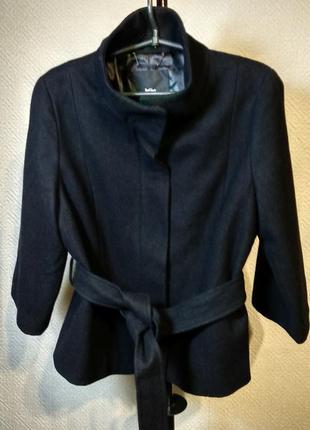 Куртка шерстяная черная укороченная