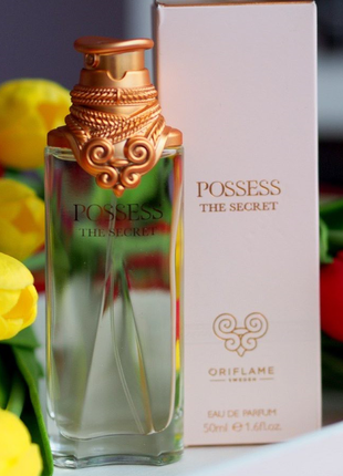 Женская парфюмерная вода possess the secret орифлейм код 33955