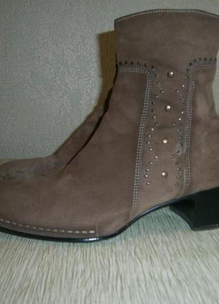 Ботиночки замшевые от gabor 40 р.