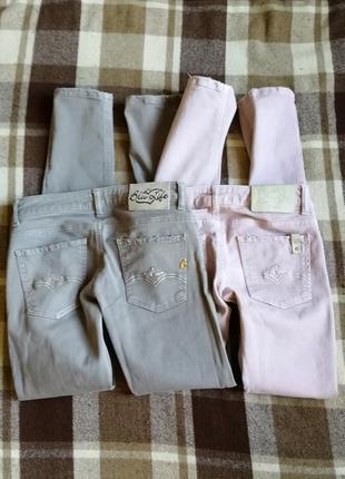 Две пары итальянских узких джинсов, плотные