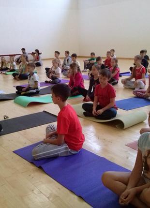 Йога для детей и подростков