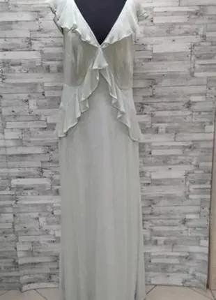 Оливковое платье с открытой спиной