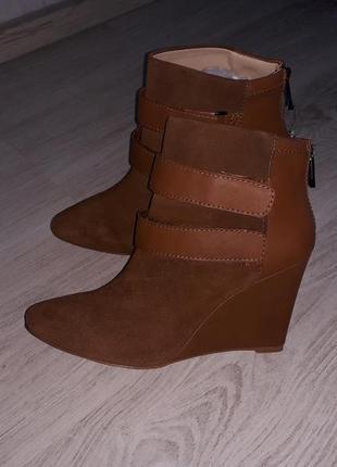 """Кожаные фирменные ботинки """"pull&bear""""р.39(испания)."""