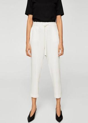 Летние вискозные штаны/брюки в актуальном молочном цвете