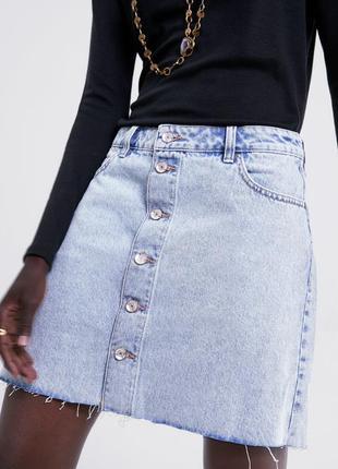 Джинсовая юбка а-силуэта