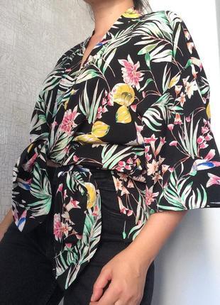 Летний кардиган/накидка/кимоно в тропический/цветочный принт