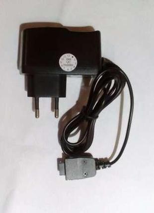 Зарядка для мобильного телефона(блок питания)
