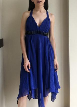 Нарядное платье синего цвета