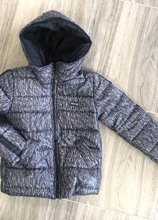 Подростковая теплая куртка на флисовой подкладке, серая с черным