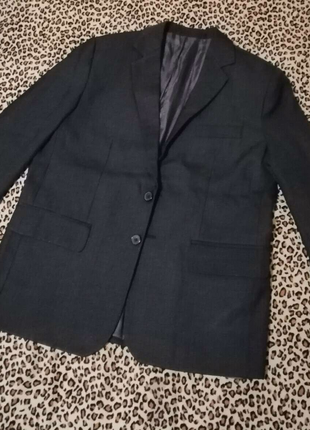 Продам пиджаки