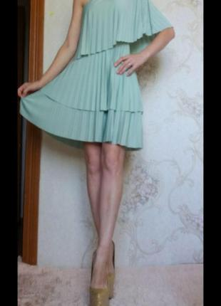 Платье с воланами мятного цвета asos