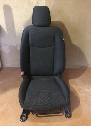 Сидения, кресло, авто кресло , салон Nissan Leaf