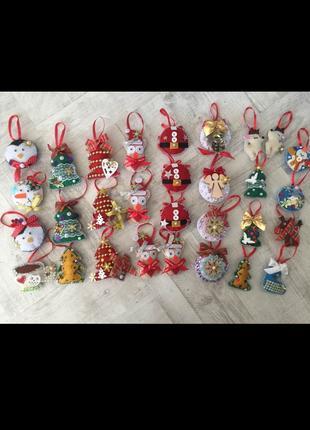 Новогодние игрушки из фетра на елку