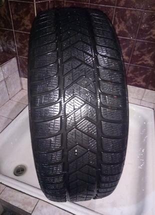 Зимние шины Pirelli scorpion 235/55  R 19