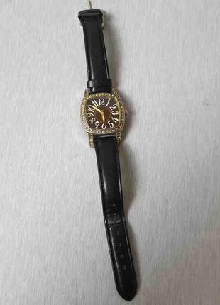 Наручные часы Б/У Omax GL0010
