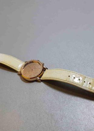 Наручные часы Б/У Часы-браслет Avon