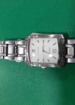 Наручные часы Б/У ORIENT UNCM002W