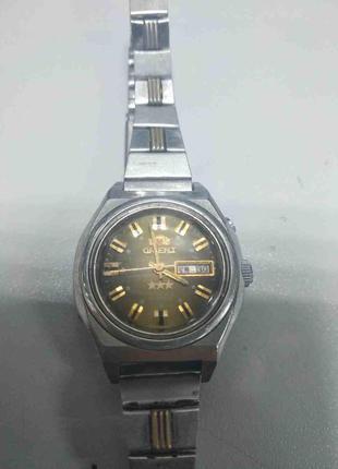 Наручные часы Б/У Orient LH L558