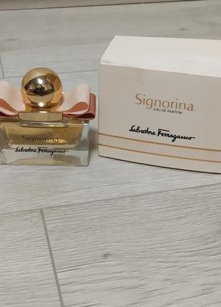Salvatore ferragamo signorina парфюм для женщин