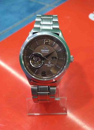 Наручные часы Б/У Orient DB050