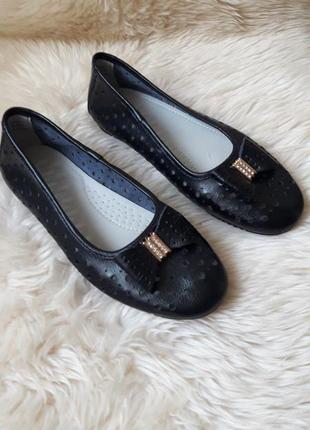 Кожаные туфли балетки с перфорацией jdwilliams 39 размер