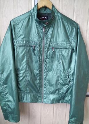 Малахитовая перламутровая легкая куртка ветровка парка жакет