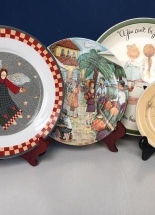 Набор из четырёх деревянных подставок под тарелки