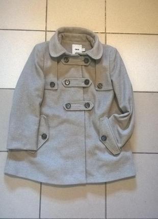 Пальто женское двубортное, с капюшоном (капюшон отстёгивается).