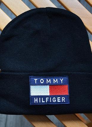 Мужская зимняя шапка tommy hilfiger big logo чёрная акриловая