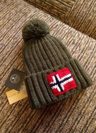 Зимняя шапка napapijri