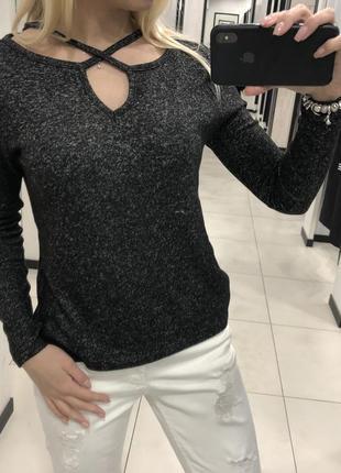 Лёгкий свитер флисовая кофточка. amisu. размеры уточняйте.