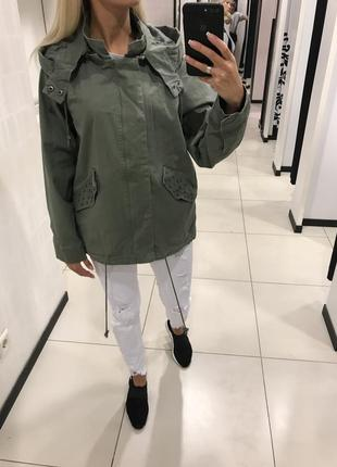Хлопковая куртка стильная ветровка парка с вышивкой. amisu.
