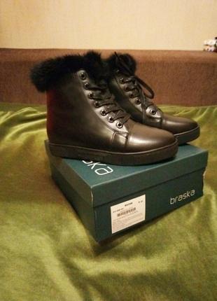 Ботинки женские BRASKA зима кожа мех на 39 размер