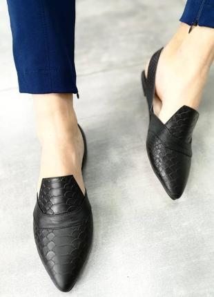 Милые и красивые туфли лодочки с открытой пяткой цвет на выбор
