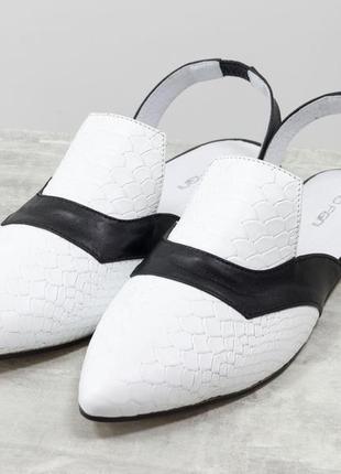 Милые и красивые туфли лодочки с открытой пяткой