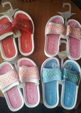 Обувь детская летняя