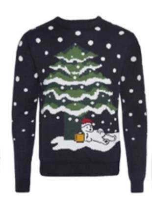 Новогодний свитер. пьяный медведь под ёлкой. счастливого рожде...